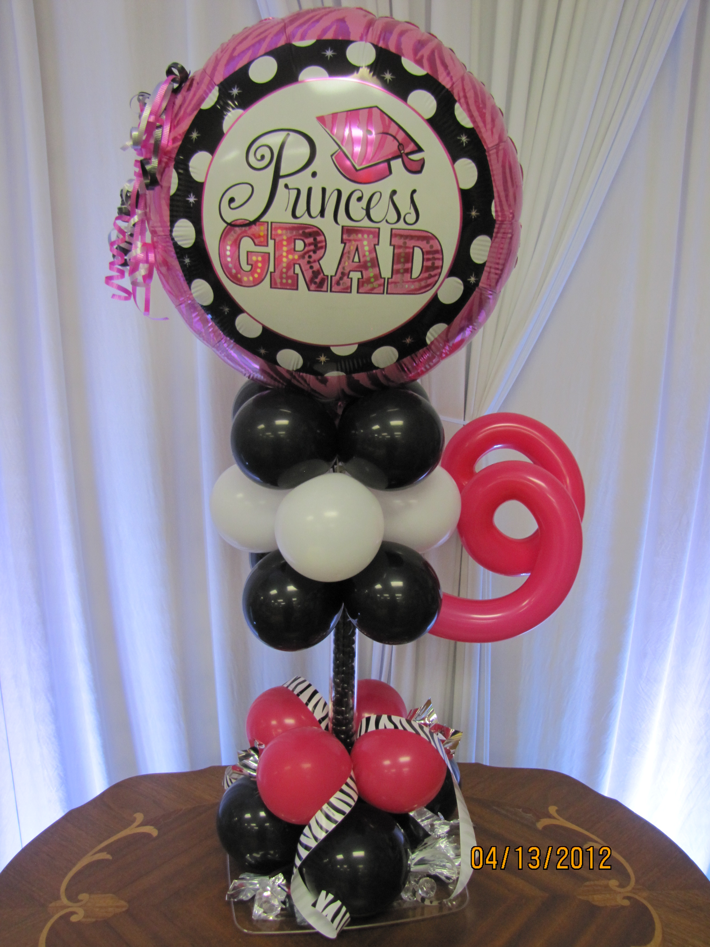 Graduation season balloon decor amytheballoonlady