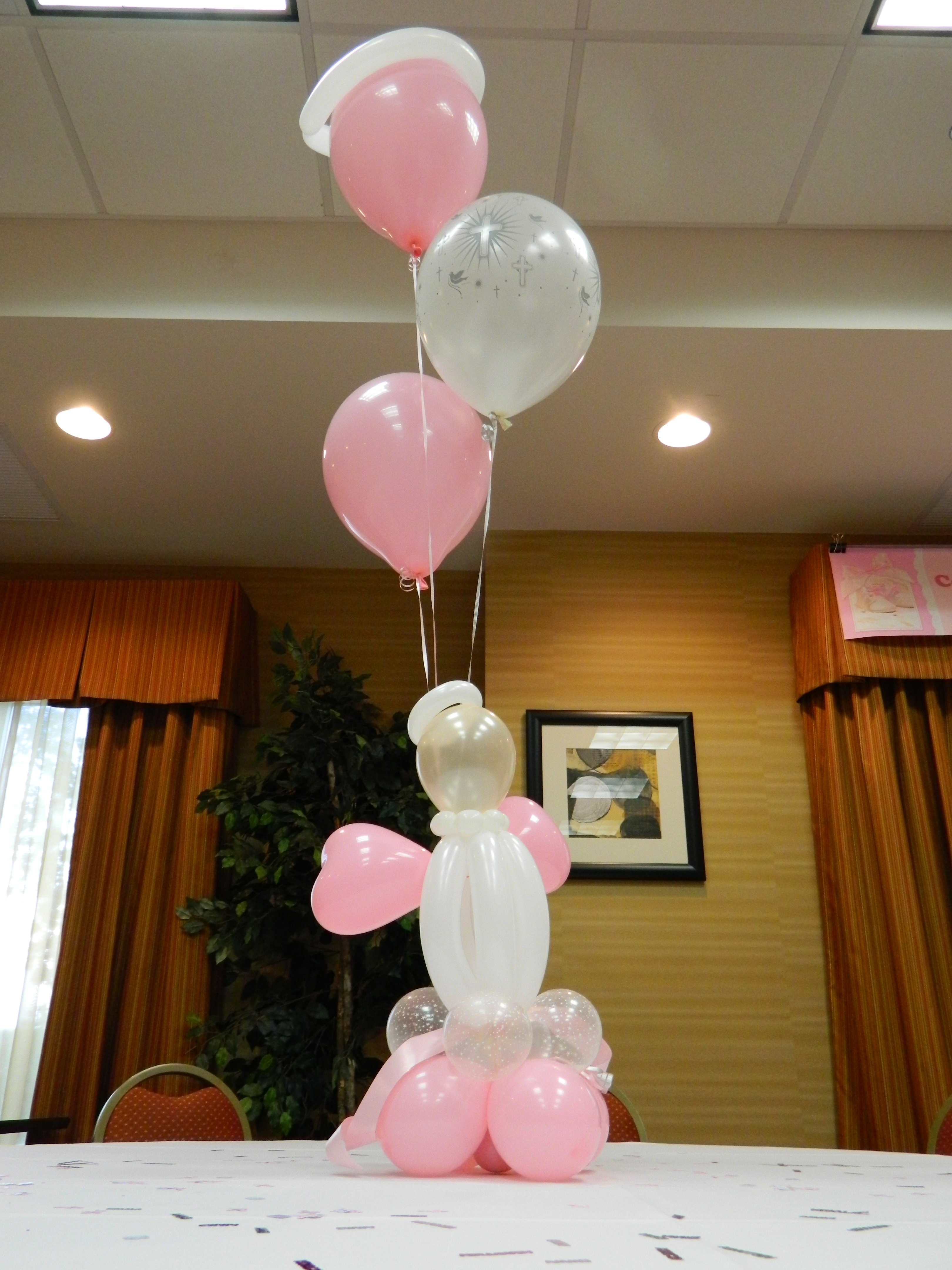 Christening balloon decor amytheballoonlady for Balloon decoration ideas for christening